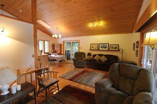 Photo 9: 5244 NE Meadow Creek Road in Celista: North Shuswap House for sale (Shuswap)  : MLS®# 10110324