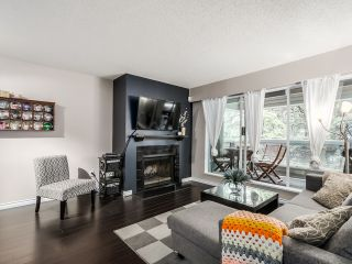 Photo 1: 117 932 ROBINSON STREET in Coquitlam: Central Coquitlam Condo for sale : MLS®# R2000788