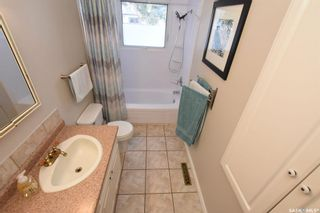Photo 12: 61 Cardinal Crescent in Regina: Whitmore Park Residential for sale : MLS®# SK803312