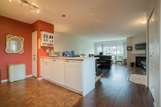 Photo 12: 6048 N Cedar Grove Dr in : Na North Nanaimo Row/Townhouse for sale (Nanaimo)  : MLS®# 868829