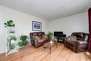 Photo 3: 210 Central Street in Warman: Residential for sale : MLS®# SK859298
