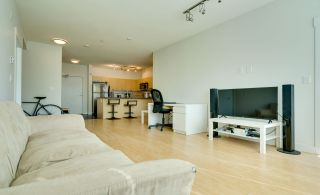 """Photo 14: 315 33538 MARSHALL Road in Abbotsford: Central Abbotsford Condo for sale in """"The Crossing"""" : MLS®# R2569081"""