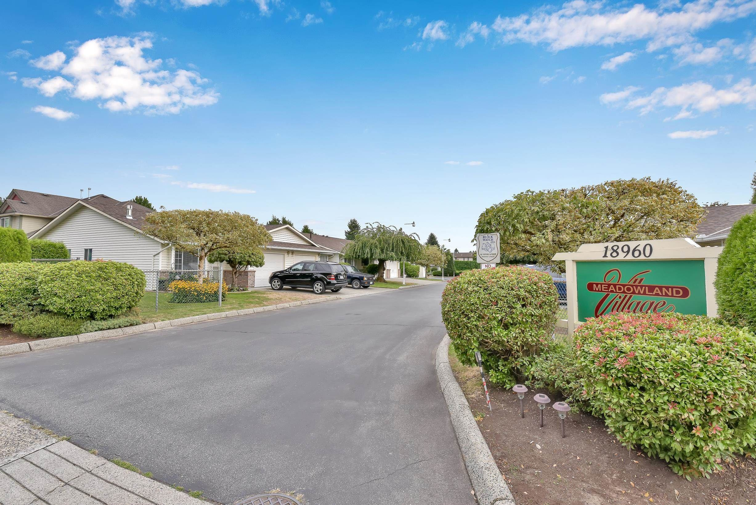 """Main Photo: 8 18960 ADVENT Road in Pitt Meadows: Central Meadows Townhouse for sale in """"MEADOWLAND VILLAGE"""" : MLS®# R2614039"""