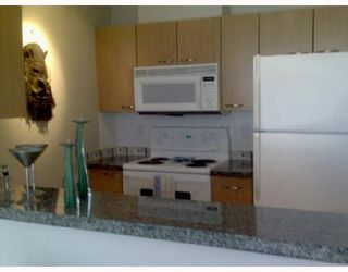 """Photo 3: 1701 1420 W GEORGIA Street in Vancouver: West End VW Condo for sale in """"THE GEORGE"""" (Vancouver West)  : MLS®# V697055"""