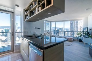 "Photo 9: 2811 833 SEYMOUR Street in Vancouver: Downtown VW Condo for sale in ""CAPITOL RESIDENCE"" (Vancouver West)  : MLS®# R2357159"