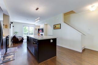 """Photo 7: 110 2418 AVON Place in Port Coquitlam: Riverwood Townhouse for sale in """"LINKS"""" : MLS®# R2583576"""