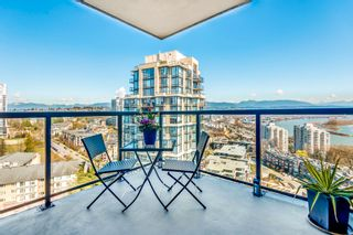 """Photo 3: 1903 11 E ROYAL Avenue in New Westminster: Fraserview NW Condo for sale in """"""""THE RESIDENCES OF VICTORIA HILL"""""""" : MLS®# R2354217"""
