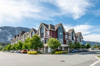 """Photo 1: 414 1336 MAIN Street in Squamish: Downtown SQ Condo for sale in """"The Artisan"""" : MLS®# R2497617"""