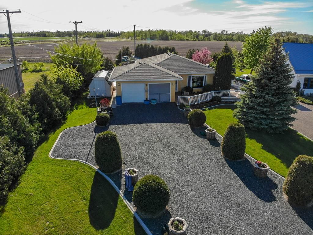 Main Photo: 65040 PTH 44 Highway: Whitemouth Residential for sale (R18)  : MLS®# 202111472