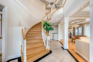 Photo 2: 2195 HARRISON Drive in Vancouver: Fraserview VE House for sale (Vancouver East)  : MLS®# R2610664