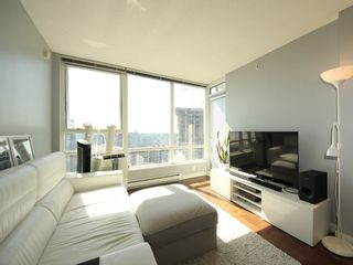 """Photo 3: 2903 928 BEATTY Street in Vancouver: Yaletown Condo for sale in """"MAX 1"""" (Vancouver West)  : MLS®# R2294406"""