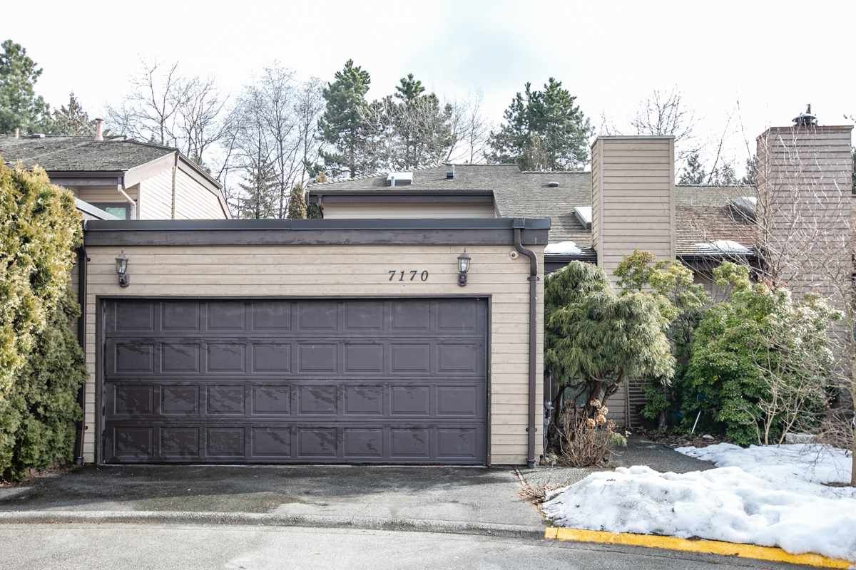 """Main Photo: 7170 HECATE Place in Vancouver: Champlain Heights Townhouse for sale in """"SOLAR WEST"""" (Vancouver East)  : MLS®# R2354296"""
