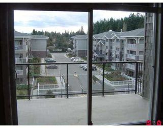 "Photo 4: 33338 MAYFAIR Ave in Abbotsford: Central Abbotsford Condo for sale in ""The Sterling"" : MLS®# F2703610"