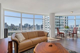 "Photo 5: 1603 1288 ALBERNI Street in Vancouver: West End VW Condo for sale in ""The Palisades"" (Vancouver West)  : MLS®# R2530276"