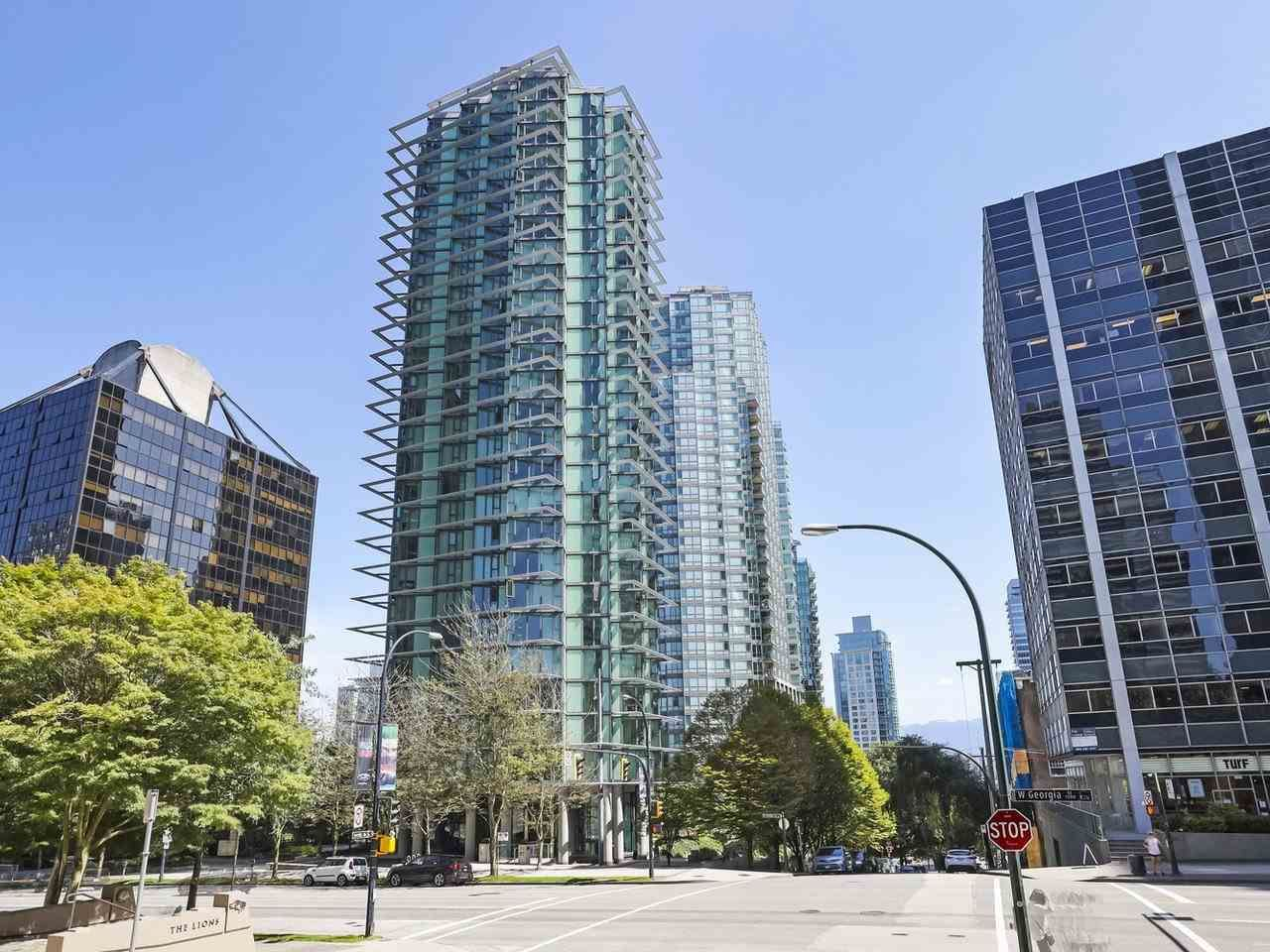"Main Photo: 2106 1331 W GEORGIA Street in Vancouver: Coal Harbour Condo for sale in ""The Pointe"" (Vancouver West)  : MLS®# R2504782"