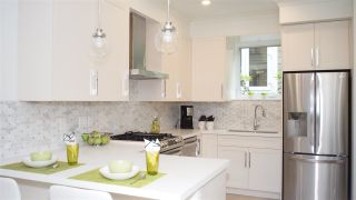 """Photo 4: 1832 W 12TH Avenue in Vancouver: Kitsilano Townhouse for sale in """"THE FOX HOUSE"""" (Vancouver West)  : MLS®# R2177818"""