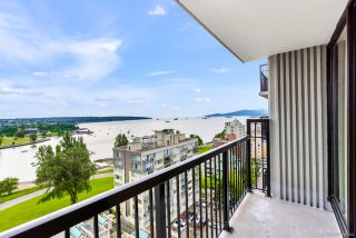 """Photo 7: 1205 1330 HARWOOD Street in Vancouver: West End VW Condo for sale in """"Westsea Towers"""" (Vancouver West)  : MLS®# R2468963"""