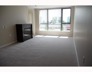 """Photo 4: 313 7088 SALIBURY BB in Burnaby: VBSHG Condo for sale in """"WEST"""" (Burnaby South)  : MLS®# V716077"""