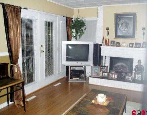 Photo 4: Photos: 6120 133RD ST in Surrey: Panorama Ridge House for sale : MLS®# F2600247