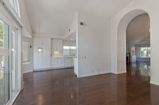 Photo 11: UNIVERSITY CITY House for sale : 3 bedrooms : 4216 Caminito Cassis in San Diego