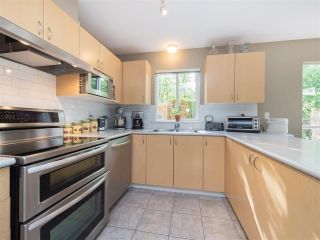 """Photo 6: 8 6513 200 Street in Langley: Willoughby Heights Townhouse for sale in """"Logan Creek"""" : MLS®# R2213633"""