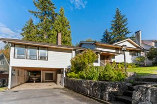 """Photo 3: 1838 HARBOUR Drive in Coquitlam: Harbour Place House for sale in """"Harbour Chines"""" : MLS®# R2618895"""