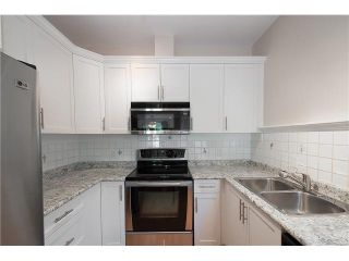 Photo 7: 2587 W 6TH Avenue in Vancouver: Kitsilano Townhouse for sale (Vancouver West)  : MLS®# V1126140