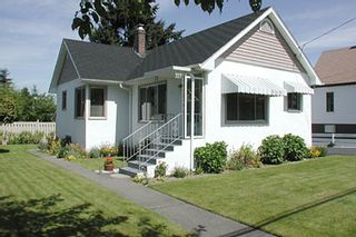 Main Photo: 317 7th Avenue (Virtual Tour): House for sale (Other Areas)  : MLS®# 242113
