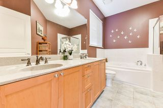 """Photo 21: 32 2588 152 Street in Surrey: King George Corridor Townhouse for sale in """"Woodgrove"""" (South Surrey White Rock)  : MLS®# R2540147"""