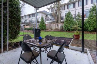 """Photo 5: 74 1840 160 Street in Surrey: King George Corridor Manufactured Home for sale in """"Breakaway Bays"""" (South Surrey White Rock)  : MLS®# R2431476"""