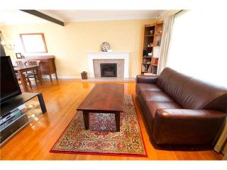 Photo 2: 465 W 63RD Avenue in Vancouver: Marpole House for sale (Vancouver West)  : MLS®# V934202