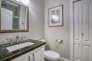 """Photo 17: 13 18939 65 Avenue in Surrey: Cloverdale BC Townhouse for sale in """"Glenwood Gardens"""" (Cloverdale)  : MLS®# R2485614"""