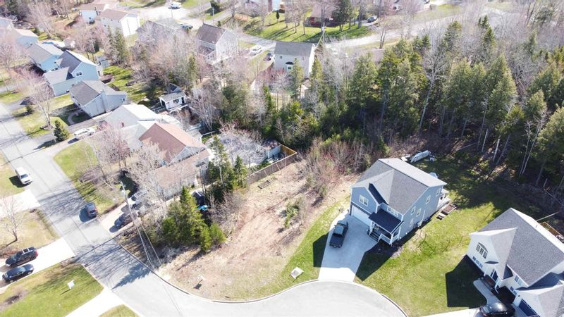 FEATURED LISTING: Pineview Crescent Stellarton