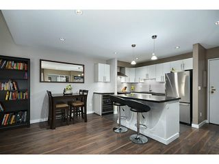 Photo 3: 307 1551 W 11th Street in Vancouver: Fairview VW Condo for sale (Vancouver West)  : MLS®# V1043192