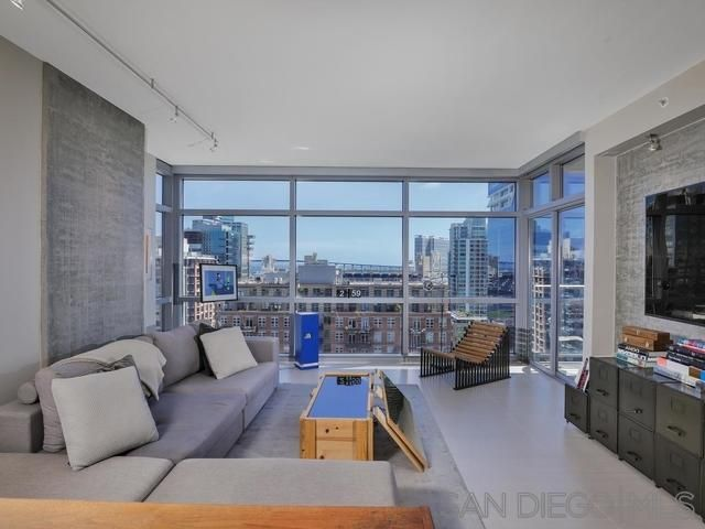 Main Photo: DOWNTOWN Condo for sale : 1 bedrooms : 800 The Mark Ln #1508 in San Diego