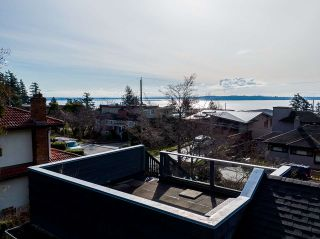 Main Photo: LT.3 14115 MAGDALEN Avenue: White Rock House for sale (South Surrey White Rock)  : MLS®# R2543416