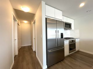 """Photo 10: 708 3281 E KENT NORTH Avenue in Vancouver: South Marine Condo for sale in """"RHYTHM"""" (Vancouver East)  : MLS®# R2560384"""