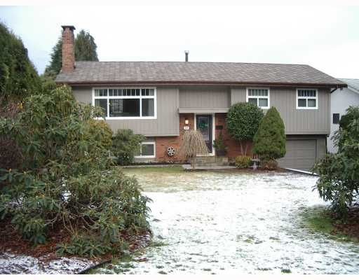 """Main Photo: 3183 CAPSTAN in Coquitlam: Ranch Park House for sale in """"RANCH PARK"""" : MLS®# V681091"""