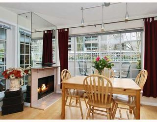 """Photo 5: 102 1525 PENDRELL Street in Vancouver: West End VW Condo for sale in """"CHARLOTTE GARDENS"""" (Vancouver West)  : MLS®# V754405"""