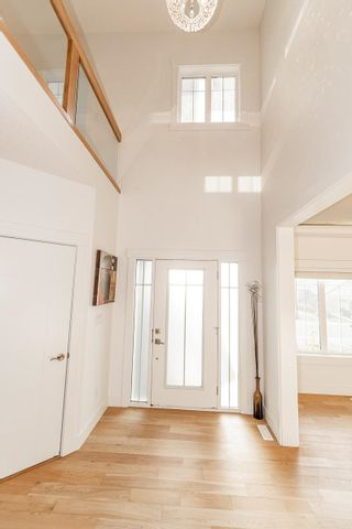 Photo 5: 3920 KENNEDY Crescent in Edmonton: Zone 56 House for sale : MLS®# E4265824