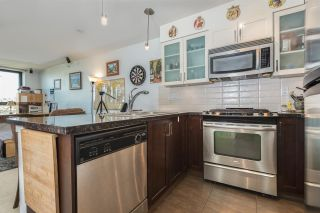 """Photo 7: 1306 1 RENAISSANCE Square in New Westminster: Quay Condo for sale in """"THE Q"""" : MLS®# R2215317"""