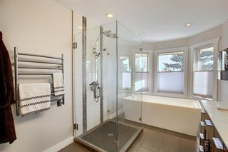 Photo 25: 84 Strathdale Close SW in Calgary: Strathcona Park Detached for sale : MLS®# A1046971