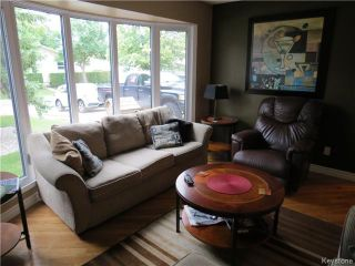 Photo 3: 190 Tufnell Drive in WINNIPEG: St Vital Residential for sale (South East Winnipeg)  : MLS®# 1418241