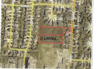Photo 4: 404 Laxdal Road in Winnipeg: Charleswood Residential for sale (1G)  : MLS®# 202108519