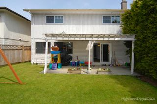 """Photo 13: 5260 HOLLYFIELD Avenue in Richmond: Steveston North House for sale in """"HOLLYPARK"""" : MLS®# V886849"""