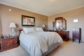 Photo 10: 168 Chaparral Common SE in Calgary: House for sale