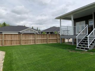 Photo 5: 2 Stone Garden Crescent: Carstairs Semi Detached for sale : MLS®# C4293584