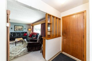 Photo 3: 10408 135 Avenue in Edmonton: Zone 01 House for sale : MLS®# E4261305