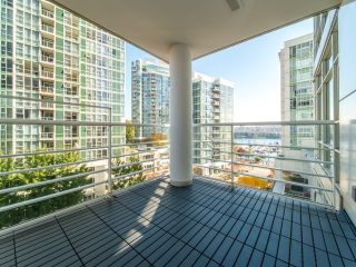 Photo 18: 706 198 AQUARIUS MEWS in Vancouver: Yaletown Condo for sale (Vancouver West)  : MLS®# R2424836