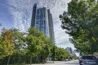 """Photo 1: 2701 120 W 2 Street in North Vancouver: Lower Lonsdale Condo for sale in """"Observatory"""" : MLS®# R2513687"""